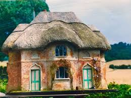 100 Gamekeepers Cottage The A Stunning Thatched 112th Scale
