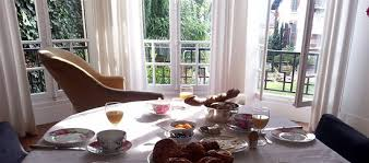 chambre d hote vierzon petit déjeuner chambres d hôtes les francières vierzon photo