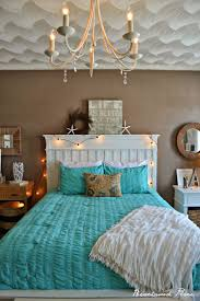 Coastal Bathroom Decor Pinterest by Best 25 Beach Bedroom Colors Ideas On Pinterest Paint Color