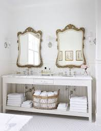 French Country Bathroom Vanity by Best 25 French Country Bathrooms Ideas On Pinterest Country