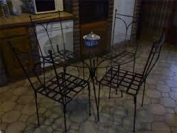 table de cuisine ronde en verre les trésors de safi table en verre