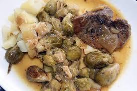 cuisiner rouelle de porc en cocotte minute recette de rouelle de porc choux de bruxelles
