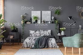 pflanzen im schlafzimmer stockfoto und mehr bilder arrangieren