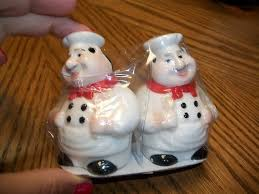Fat Italian Chef Salt And Pepper Shakers 3 Inches Tall Kitchen Bistro Decor