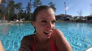 TrinaMason Underwater At The Pool Arrives In Beautiful New Robe March 4 2018 336pm GH010312