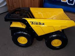 GREAT CONDITION** Tonka Steel Toughest Mighty Dump Truck | In Walton ... Tonka Classics Mighty Dump Truck Toughest Large Metal Sandpit Classic Front Loader Online Toys Australia Amazoncom Wader Trailer And Toy Set By Polesie Tonka Steel Toughest Mighty Dump Truck R Us Canada Sdupertoybox Dumptruck Funrise Distribution Company 90667 Steel Cstruction Vehicle For Model Northern Play Vehicles Upc Barcode Upcitemdbcom Toyworld