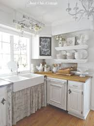D Vintage White Farmhouse Kitchen Facelift