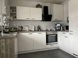 küche weiß hochglanz in u form