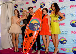 Pretty Little Liars 2014 Halloween Special by Pretty Little Liars U0027 Cast Teen Choice Awards 2012 Photo 2690740