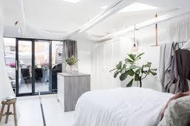 dachgeschoss schlafzimmer mit begehbarem kleiderschrank und