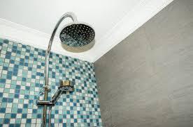 richtige temperatur beim duschen dieser trick hilft
