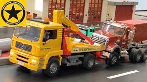 100 Bruder Tow Truck BRUDER TOW TRUCK Is Back POLICE Calendar Episode 20 NIGHT SHIFT