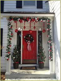Pre Lit Entryway Christmas Trees by 19 Front Porch Christmas Decor 45 Most Pinteresting Rustic