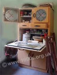 1930s And 1940s Style Kitchen Easi Cabinet