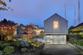 100 Modern Cedar Siding Heliotrope Architects Design Modern Seattle House In Capitol