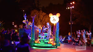 Anaheim Halloween Parade Time by Frightfully Fun Parade At Mickey U0027s Halloween Party 2017