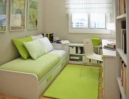 Simple Living Room Ideas For Small Spaces by 9 Clever Ideas For A Small Bedroom