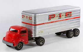 Lot 682: Smith Miller Pacific Intermountain Express (PIE) Toy Truck ...