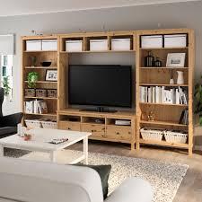 ikea hemnes agencement meuble télé brun clair tv