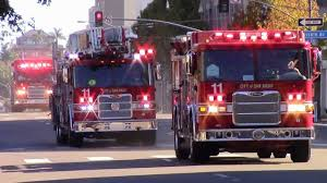 San Diego Fire-Rescue Truck 11, Engine 11 & USAR 4 Responding - YouTube