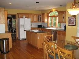 Kitchen Paint Colors 2017 With Golden Oak Cabinets Gallery And Gorgeous Imagesmetallic Gold Color For Walls