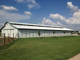 Shed Row Barns Texas by Choice Barns Inc Horse Barn Construction Contractors In Midland