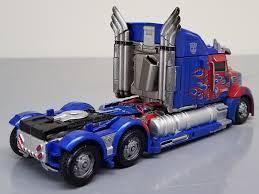 Minor/Repaint: - TLK: Premier Voyager Optimus Prime | TFW2005 - The ...