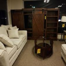 Raymour & Flanigan Furniture and Mattress Clearance Center 17