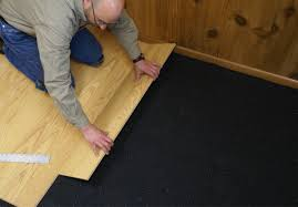 Laminate Flooring With Pre Attached Underlayment by Laminate Flooring Padded Vs Unpadded