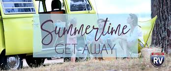 Summertime Ceiling Fan Direction by Beat The Summer Heat In Our Top Rv Picks For Summertime