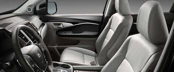 Honda Pilot Touring Captains Chairs by 2017 Honda Pilot Trim Levels In New England