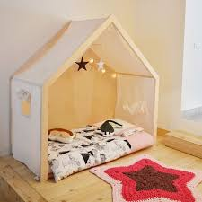 Montessori Floor beds for your toddler Delia in a nutshell