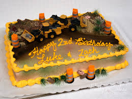 Photo Of A Tracker Truck Birthday Cake - Patty's Cakes And Desserts Truck Cake Kay Cake Designs Monster Truck My First Wonky Birthday Design Parenting Monster Cakes Hunters 4th Decoration Ideas Wedding Academy Cakes From Maureens Semi In 2018 Pinterest 10 Dump For Boys Photo Muddy
