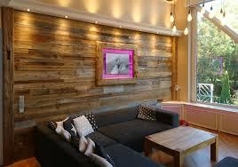 neugestaltung einer wohnzimmerwand mit altholz nachher