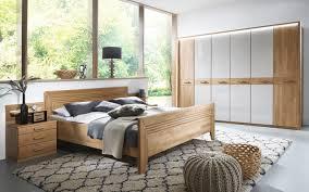 schlafzimmer vivien in wildeiche natur nachbildung chagner