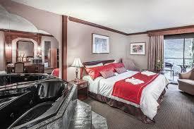 chambre avec bain chambre avec 1 lit king et bain tourbillon section classique photo