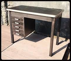 bureau industriel metal petit bureau industriel métal patine graphite 3 tiroirs dim