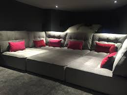 Reclining Chairs Movie Theater Nyc by Best 25 Media Room Seating Ideas On Pinterest Theatre Room