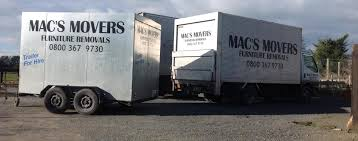 100 Movers Truck Home