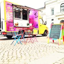 Foodtrucks Food Truck 2dineout The Luxury Food Magazine 10 Things You Didnt Know About Semitrucks Baked Best Truck Name Around Album On Imgur Yyum Top Trucks In City On The Fourth Floor Hoffmans Ice Cream New Jersey Cakes Novelties Parties Wikipedia Your Favorite Jacksonville Trucks Finder Pig Pinterest And How To Start A Business Welcome La Poutine