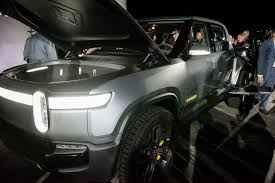 Rivian Debuts All-electric Pickup With Abundant Storage | News ... Ute Car Table Pickup Truck Storage Drawer Buy Drawerute In Bed Decked System For Toyota Tacoma 2005current Organization Highway Products Storageliner Lifestyle Series Epic Collapsible Official Duha Website Humpstor Innovative Decked Topperking Providing Plastic Boxes Listitdallas Image Result Ford Expedition Storage Travel Ideas Pinterest Organizers And Cargo Van Systems Pictures Diy System My Truck Aint That Neat