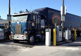 Anchor Steam Beer Of San Francisco CA Peterbilt 362 Fueling In South ...