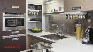 cuisine fonctionnelle aménagement conseils plans et table ovale merisier pour idees de deco de cuisine inspirational