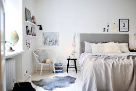 4 Essentials You Need To Create A Scandinavian Bedroom Textiles Chunky Knit