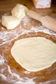 faire sa pâte à pizza maison jujube en cuisine