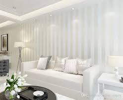 großhandel vliestapete rolle klassischen metallischen hintergrund wand glitzern streifen tapete weiß hauptdekor 3d seller enjoy 20 49 auf