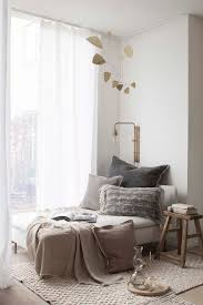 Living Room Corner Ideas Pinterest by Best 25 Cozy Corner Ideas On Pinterest Wall Decor Master