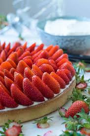 dessert aux fraises tarte aux fraises à la crème d amandes of yum