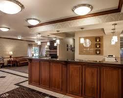 Machine Shed Northwest Boulevard Davenport Ia by Comfort Inn U0026 Suites Davenport Quad Cities Davenport Ia Hotel