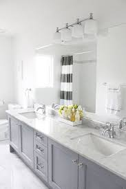 Gray And Yellow Bathroom Decor Ideas by 25 Beautiful Gray Bathrooms